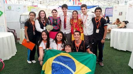 Alumnos de LARR obtuvieron primer lugar en feria de ciencia en Paraguay y se alistan para presentar su proyecto en Brasil