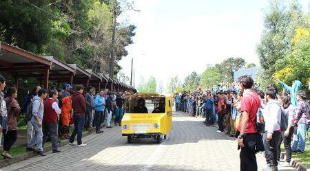 Competencia de carros reciclados hizo vibrar al Campus Miraflores UACh