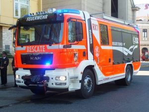 intendente-montecinos-carro-rescate-bomberos-valdivia-002