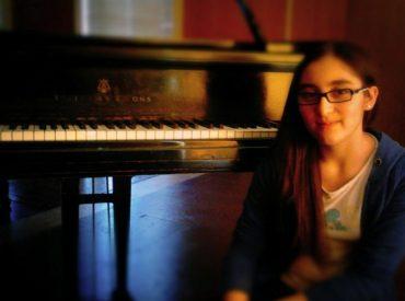 Jóvenes Pianistas en Concierto Colegio Juan Sebastián Bach