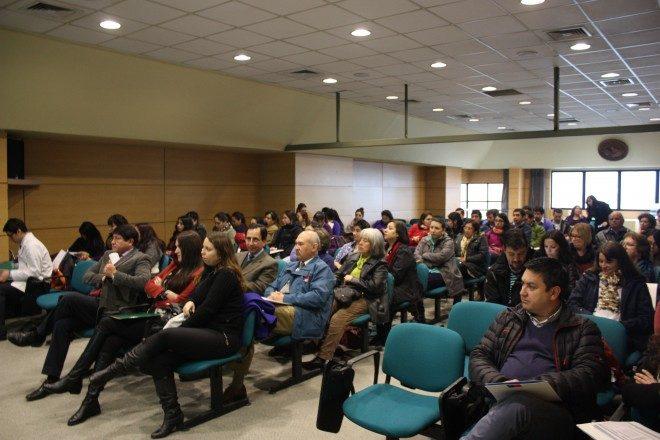 Junaeb Los Ríos y UST realizaron seminario sobre avances y desafíos del programa de alimentación escolar en Valdivia