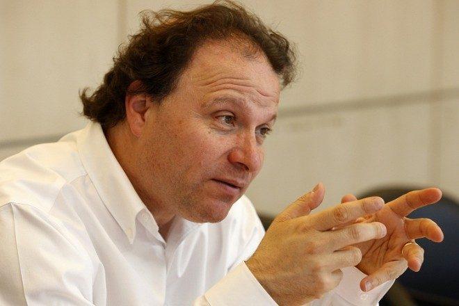 Senador De Urresti cuestiona invitación de Colbúnen delegación regional que viajará a Estados Unidos