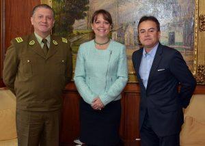senadora-von-baer-alcalde-reyes-general-director-carabineros-reten-carimallin