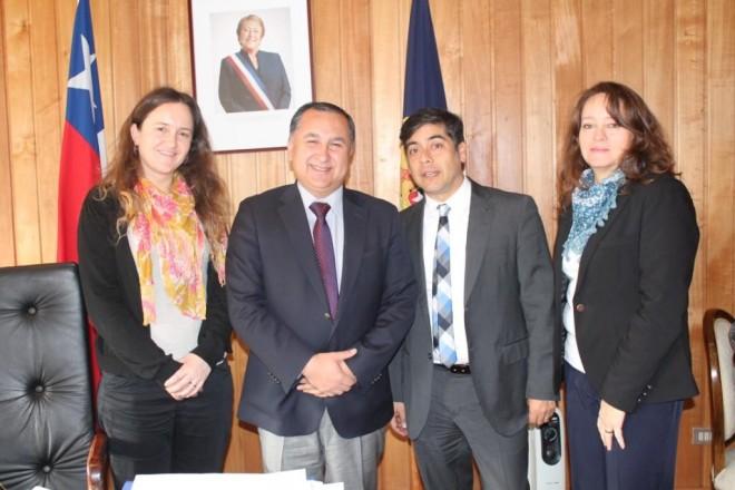 Director nacional de SENDA visitó Los Ríos