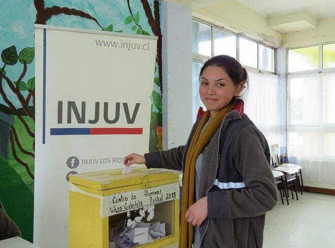 """""""Vida Activa"""" fue el proyecto ganador de """"Escuela de Ciudadanía"""" en la comuna de Máfil"""