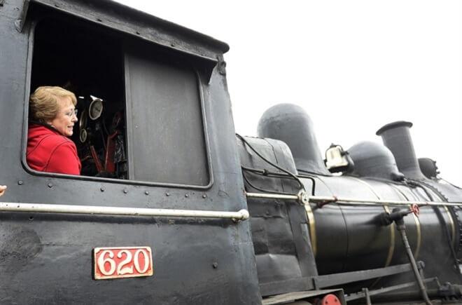 bachellet-puesta-en-marcha-tren-el_valdiviano-002