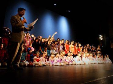 Encuentro Regional de Danza Escolar de Valdivia 2015: exitosa muestra de estudiantes repletó el teatro Lord Cochrane
