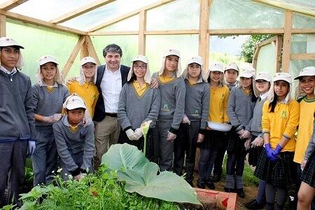 Con la inauguración del huerto escolar y nuevos laboratorios la Escuela El Bosque de Valdivia celebró aniversario N°10