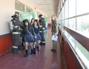 instituto-comercial-valdivia-simulacro-sismo-fuga-gas