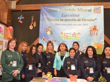 Liceos expusieron sus áreas educativas en la V feria de Educación Media Técnico Profesional