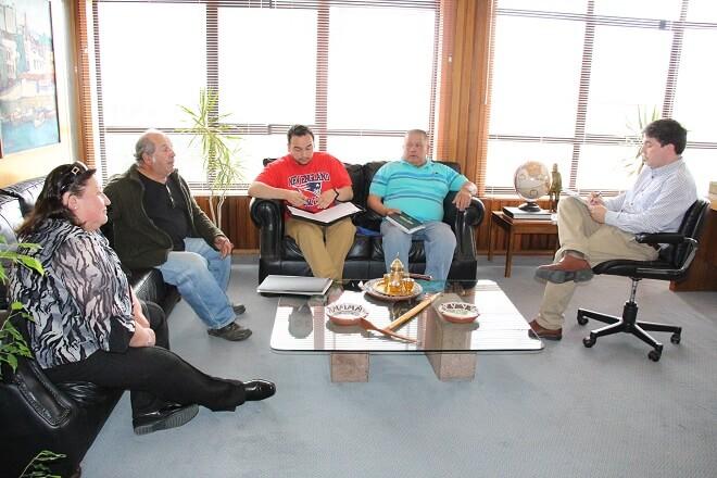 Alcalde Sabat insiste en necesidad de una Feria Central para Valdivia