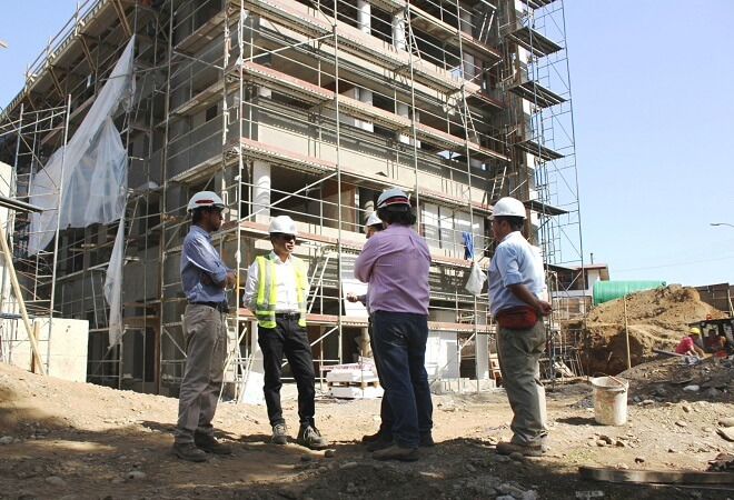 Un 65% de avance presenta la construcción del edificio consistorial de Máfil.