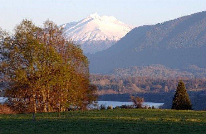 Reserva Nacional Mocho Choshuenco: aventúrate entre volcanes y nieves eternas en el corazón de Los Ríos
