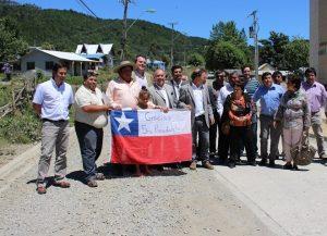 Vecinos y autoridades valoraron el sueño de los corraleños de asfaltar el camino Amargo-San Carlos.