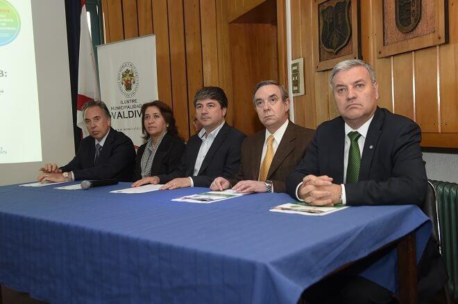 VCUC entregó resultados de proyecto que permitió realizar gira tecnológica a España