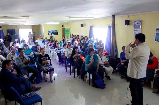 Vecinos de Barrio Menzel de Valdivia presentaron trabajo comunitario medioambiental a Subsecretario de Gobierno