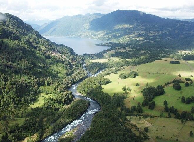 Río_Llanquihue_y_lago_Neltume (1)