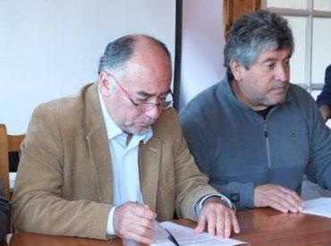 Diputado por Los Ríos, Iván Flores García (PDC) apoya a pescadores de Fipasur, que piden que Ley de Pesca no sea anulada.