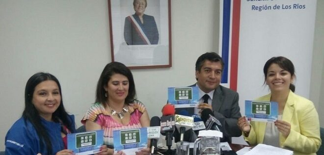 """Sernac recordó a los turistas en Valdivia que """"en verano, tus derechos te acompañan"""""""