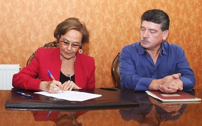 firma convenio cancha mashue