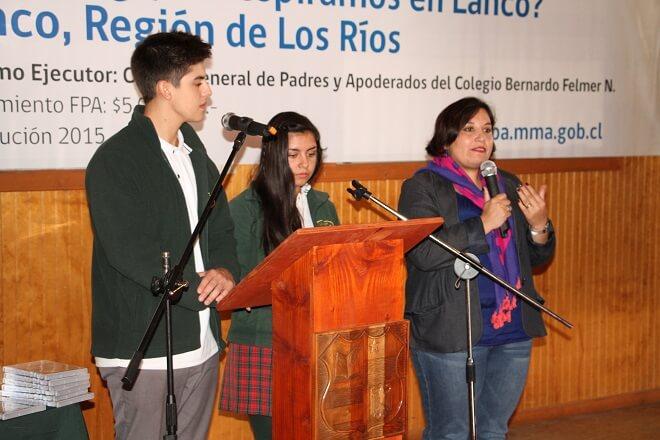 Estudiantes del colegio Bernardo Felmer de Lanco dieron cierre a proyecto sobre calidad del aire
