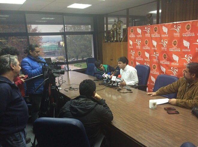 Municipalidad de Valdivia presentará acciones legales por nuevos antecedentes del Puente Cau Cau