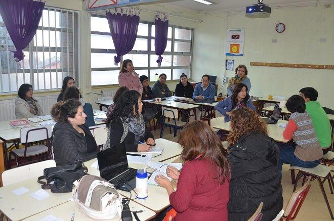 Educadoras y profesores de Los Ríos participaron de Jornada de Reflexión para actualización del Marco para la Buena Enseñanza