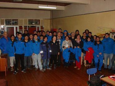 Rotary Club Valdivia Ainil donó parkas a estudiantes del Hogar Huachocopihue UACh