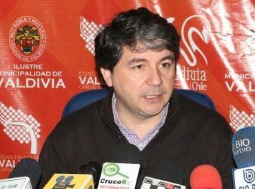 Funcionarios municipales de Valdivia se capacitan en temas de inclusión laboral