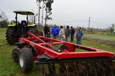 Comunidad indígena de Reumén mejora su agricultura con nueva maquinaria