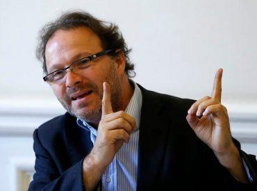 Senador De Urresti critica actuar de empresas eléctricas en Región de Los Ríos