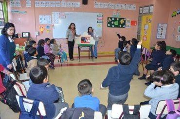 Docentes de Futrono y Mariquina aprendieron nuevas técnicas para crear un clima positivo y favorable hacia la lectura