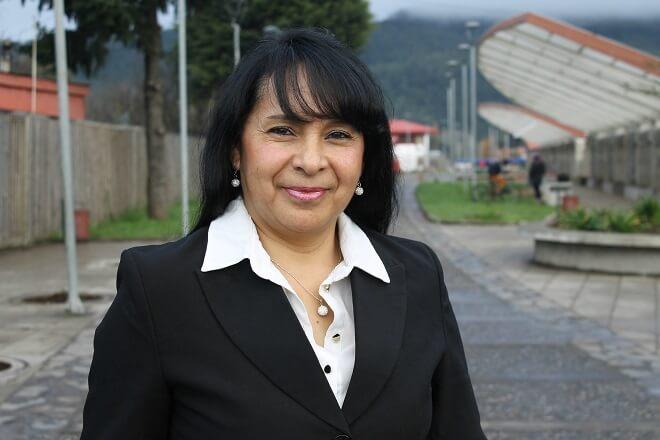 """Guadalupe Flores, egresada de capacitación Sence en Los Lagos: """"Es muy bueno capacitarse en especial para las mujeres que nos cuesta encontrar empleo"""""""