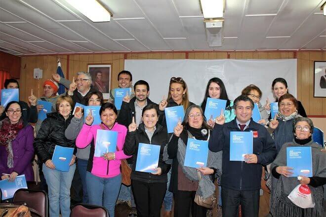 Vecinos de Lanco se comprometieron a participar en el Proceso Constituyente