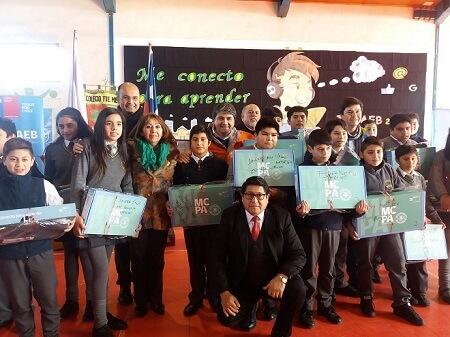 318 Alumnos de establecimientospúblicos de la comuna de Valdivia recibieron computadores del Programa Me Conecto Para Aprender