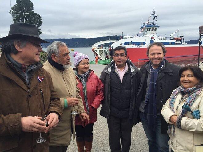Candidato Leonel Vera destaca mejoramiento de conectividad con segunda barcaza para Corral