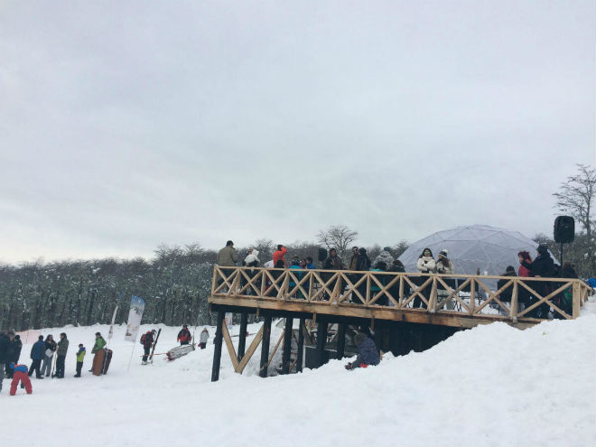 Huilo Huilo inauguró la temporada de nieve con actividades para toda la familia