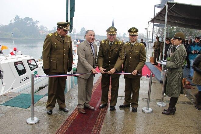 Inauguraron dos nuevas lanchas policiales: las embarcaciones fueron destinadas a las tenencias de Lago Ranco y Corral