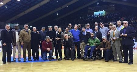 Municipio reconoció a figuras históricas del Basquetbol valdiviano