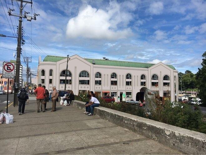 Municipio de Valdivia mejorará la Feria Fluvial y el Mercado Municipal