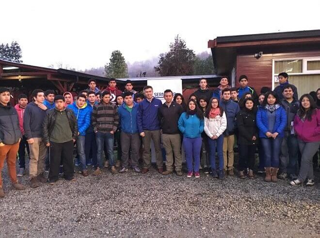 Director de Sernatur despidió a estudiantes de Panguipulli que viajaron con programa Gira de Estudio