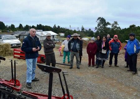 Maquinaria agrícola mejora economía familiar en Los Pellines