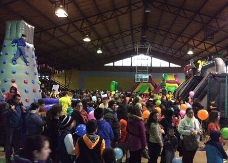 Más de mil niños y niñas disfrutaron su día en diversos sectores de Paillaco