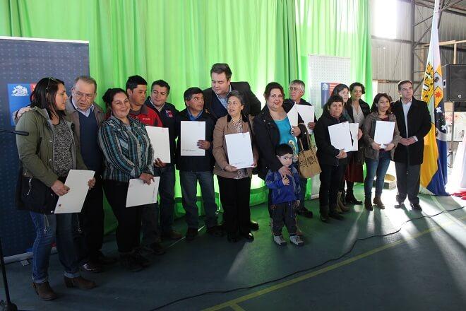129 familias de comité Rayito de Sol reciben sus escrituras y trabajan para acceder a nuevos beneficios MINVU