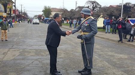 Intendente Montecinos encabezó desfile cívico-militar de Fiestas Patrias en Río Bueno