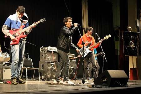 Invitan a escolares a inscribirse para participar en IV Festival de la Canción Industrialina