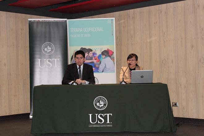 Seminario de Salud y Mente se llevó a cabo en la UST Valdivia