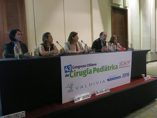 Más de 250 cirujanos infantiles se reúnen en Valdivia para actualizar sus técnicas en el quirófano