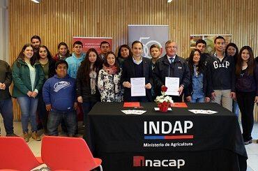 Convenio entre INDAP e INACAP permitirá apoyar la agricultura en Ñuble