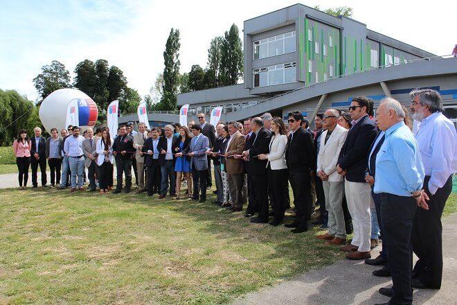 Deportistas y autoridades inauguraron equipamiento del CAR de Los Ríos